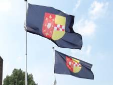 Oud-legerleider Peter van Uhm krijgt eerste visum Land van Ravenstein