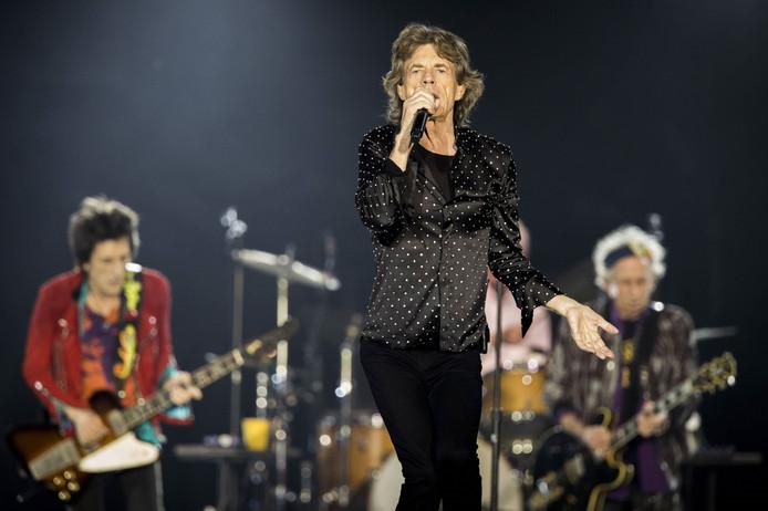 The Rolling Stones tijdens het optreden in de Esprit Arena in Düsseldorf.