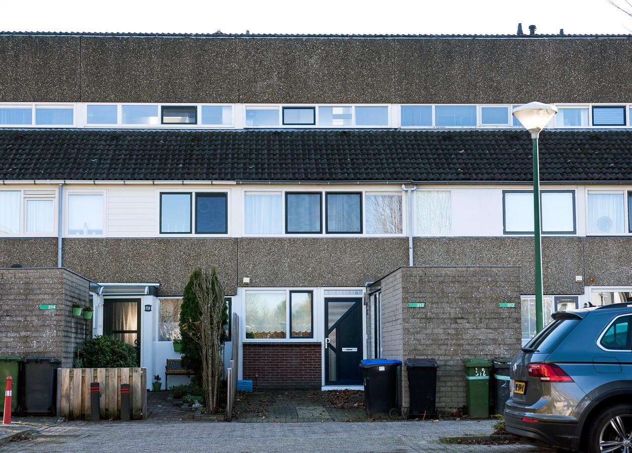 Huisjesmelker Betty Chang is actief in Maarssen: hier een van haar panden, die ze verhuurt aan Poolse arbeidsmigranten.