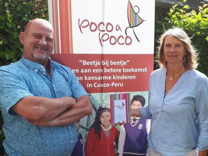 Peruaanse kinderen kunnen onderwijs volgen door Zoetermeerse stichting Poco a Poco. Nu is daarover een boek verschenen, geschreven door de eveneens Zoetermeerse Willem Dekker.