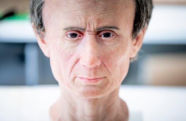 **Dankzij deze 3D-reconstructie weten we hoe Caesars gezicht eruit heeft gezien: doodgewoon**