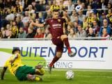 Veiling Airborne-shirts Vitesse levert bijna 6.000 euro op voor herdenking