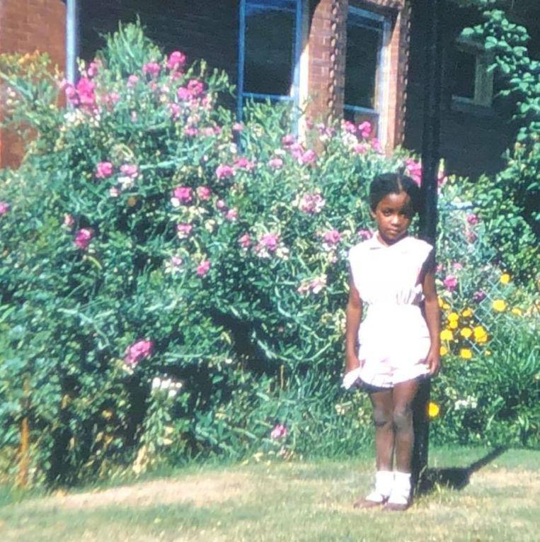 Het jongste dochtertje. In de kantlijn van deze foto staat geschreven: 'een perfecte foto van mijn baby'.