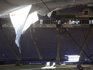 Dak NFL-stadion Minneapolis stort in na sneeuwstorm