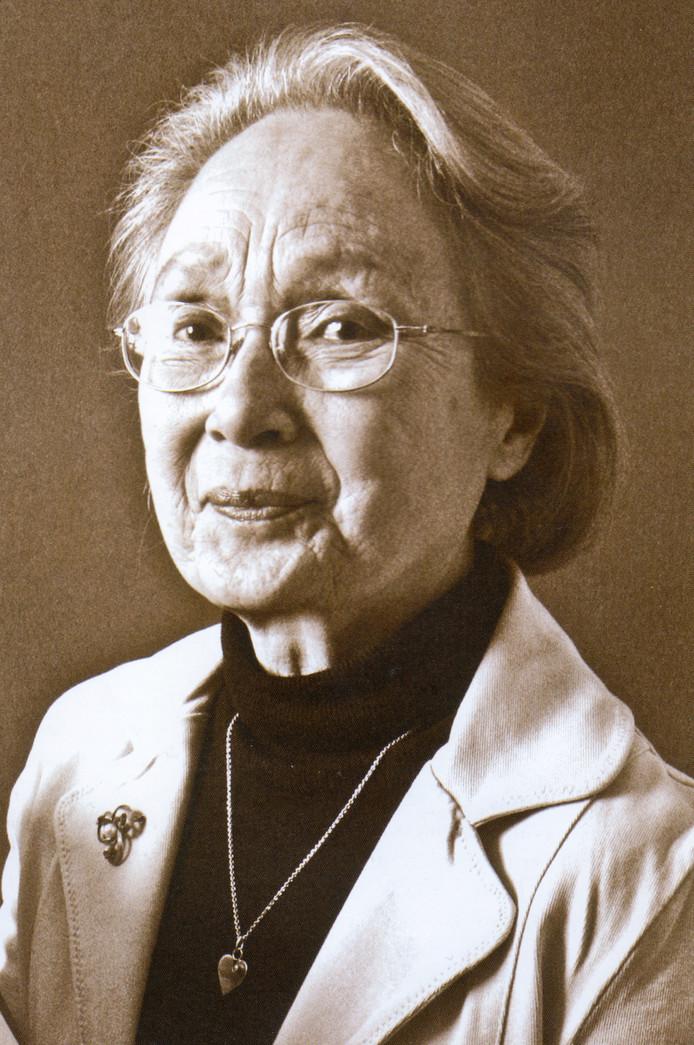Charlotte Gelink-Knaap was nog geen vijftig toen ze weduwe werd, maar liet zich niet kennen.