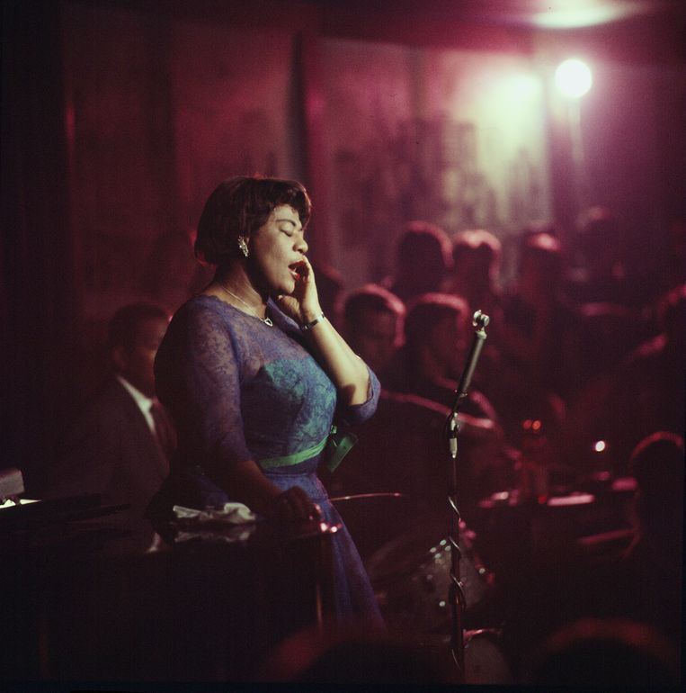 ILLINOIS, UNITED STATES - 1958: Jazz singer Ella Fitzgerald performing at