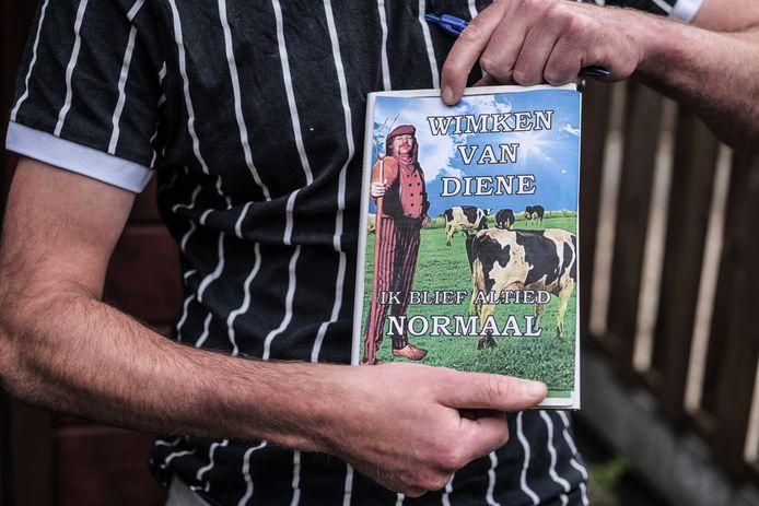 Het boek 'Wimken van Diene - Ik Blief Altied Normaal' is al uitverkocht