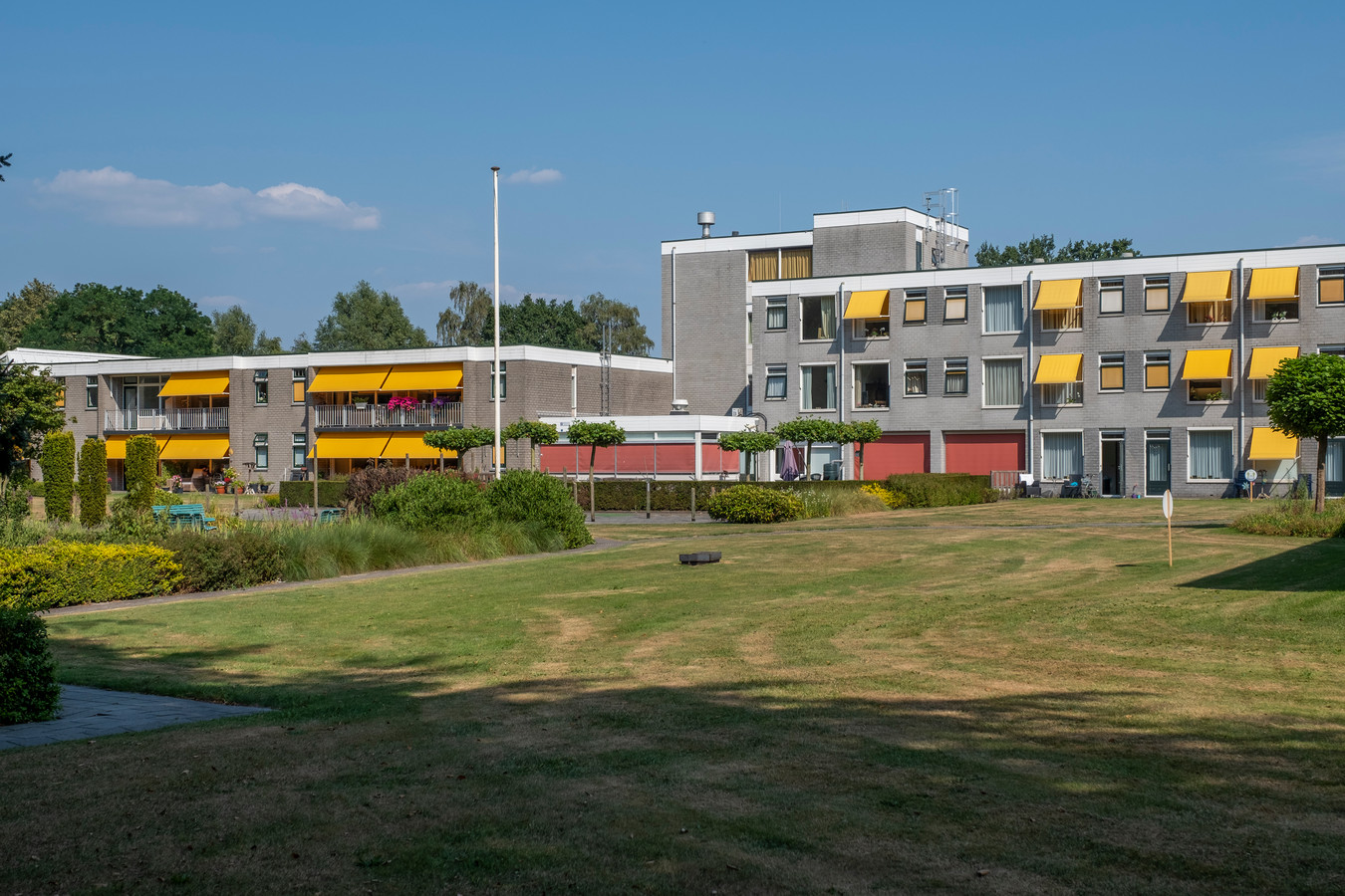 Woonzorgcentrum Rehoboth in Wapenveld. Een bewoner overleed afgelopen weekend, nadat zij voor de tweede keer positief testte op het coronavirus.