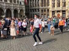 Un flashmob pour promouvoir la bonne humeur et la joie de vivre sur la Grand Place de Bruxelles