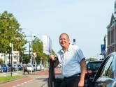 Hennie is al meer dan 25 jaar taxichauffeur: 'In de auto willen mensen van alles aan je kwijt'