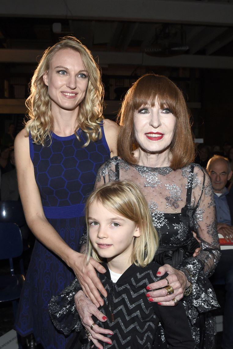 Liesbeth List met haar dochter Elisah Baijens en kleindochter Lilah, in oktober 2017.