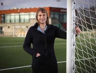 """AD Betty Van Proeyen (KRC Genk Ladies): """"We willen zo lang mogelijk meestrijden voor een plaats in play-off 1"""""""
