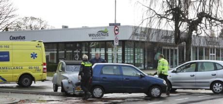 Persoon raakt gewond bij aanrijding in Oldenzaal