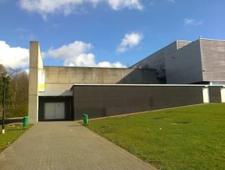 """Fuifzaal van Bevegemse Vijvers wordt vaccinatiecentrum voor inwoners van Zottegem, Brakel en Oosterzele: """"Alom bekend en vlot toegankelijk"""""""