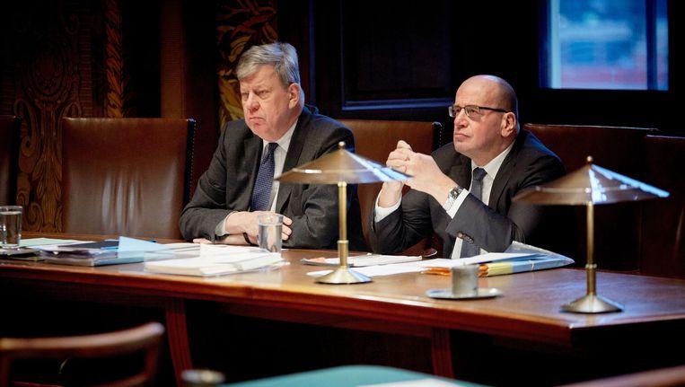 Minister Ivo Opstelten (L) en staatssecretaris Fred Teeven van Veiligheid en Justitie. Beeld anp