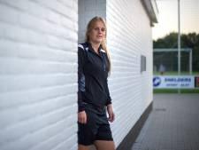Nooit Gedacht vrouwen verliezen voor het eerst dit seizoen ondanks doelpunt Van Rooij