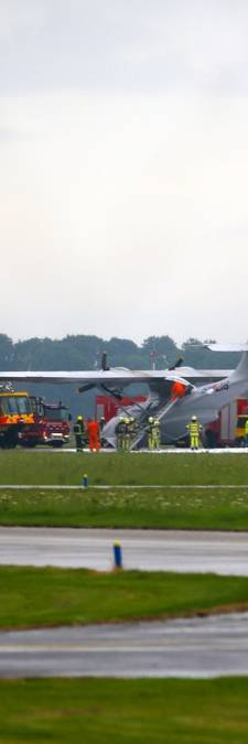 Riskante landing historisch vliegtuig op Lelystad Airport
