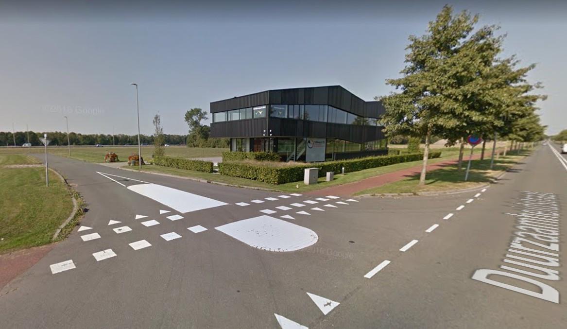 Een van de eerste bedrijven op het H2O-bedrijvenpark bij Hattemerbroek.