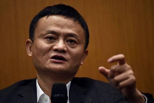 Alibaba-eigenaar Jack Ma verloor 5 miljard yuan en komt een plekje lager te staan.