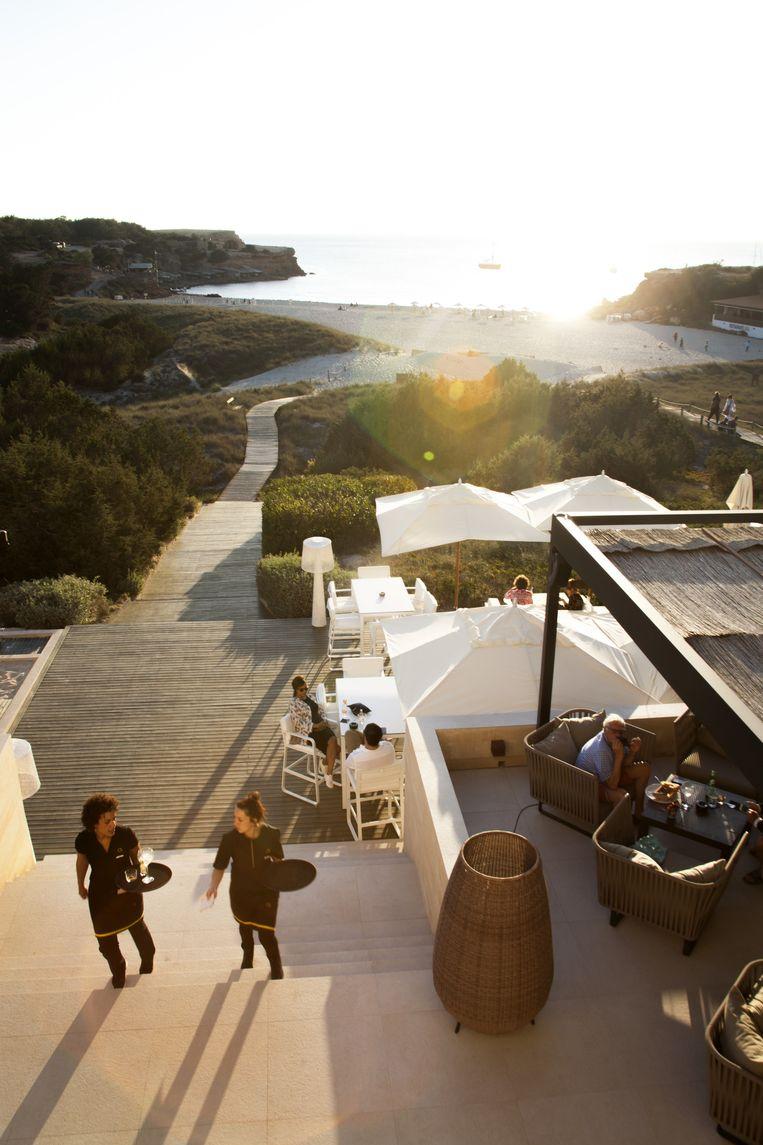 Hotel Cala Saona, waar je kunt genieten van een mooie zonsondergang. Beeld Eva Roefs