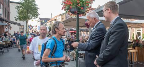 Petitie: 'burgemeester Gennep moet blijven'