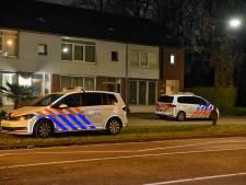 Overval met autoroof in Tilburg: daders in gevecht met bewoners, ravage in de gang