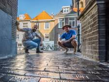 De verhalen achter de blinkende klinkers in de Jozefstraat: 'We steunen op elkaar'