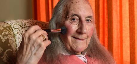 Man komt op negentigste uit de kast als transgender