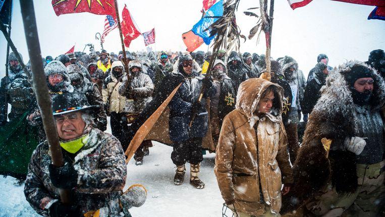 Honderden veteranen namen deel aan de protestacties bij het plaatsje Cannon Ball in North Dakota. Beeld BELGAIMAGE