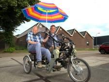 Estinea-cliënten kunnen weer fietsen met spatscherm op de duofiets