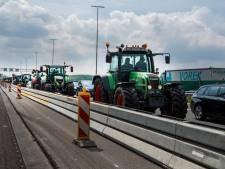 Boos gaan boeren A1 op, woest zijn sommige automobilisten. 'Nu niets doen? Straks niet janken'