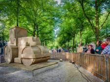 Zandsculpturen verrijzen weer op het Lange Voorhout