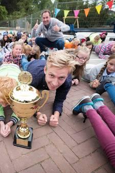 Fitste meester van Gelderland kan tien minuten 'planken'