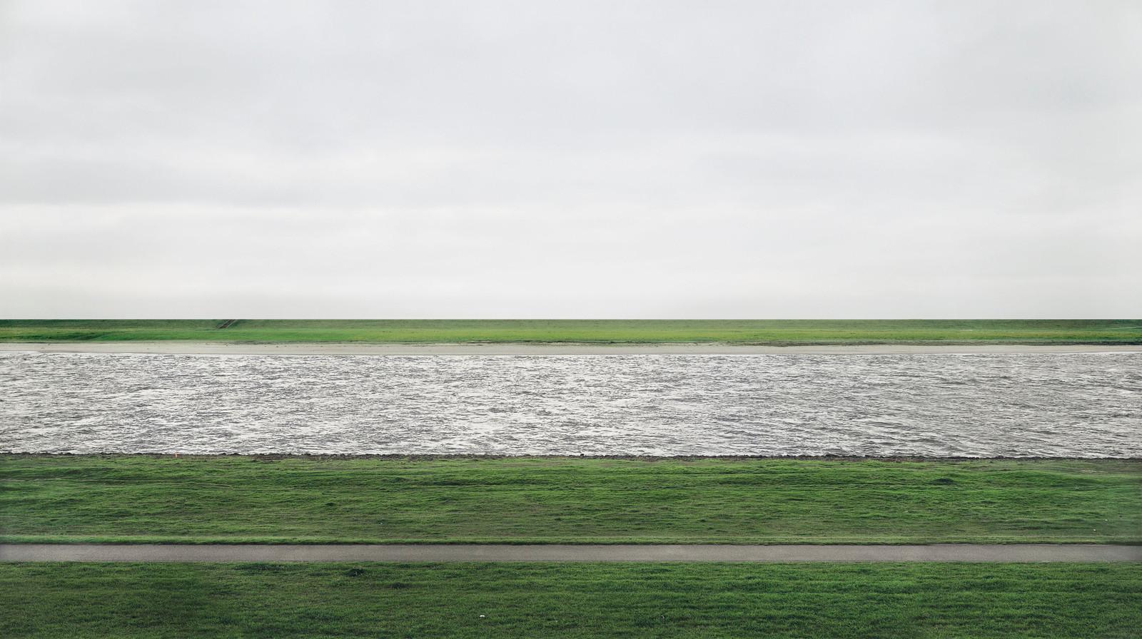 Rhein II van Andreas Gursky.
