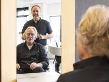 Drent Kappers uit Holten bestaat al 73 jaar: 'Het knippen zit ons gewoon in de vingers'