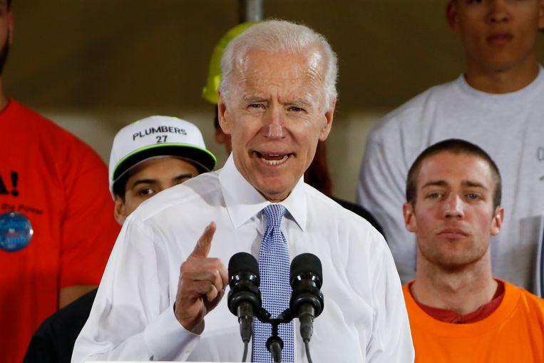 Voormalig vicepresident Joe Biden (75)  zegt dat hij Trump het licht uit de ogen had geslagen als  hij bij hem op school had gezeten.