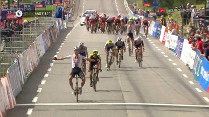 Michael Matthews wint Bretagne Classic na machtige sprint, en mag ploegmaat Eekhoff danken