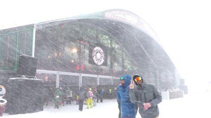 Skiliften stilgelegd door slecht weer: honderden bezoekers van Tomorrowland Winter geëvacueerd