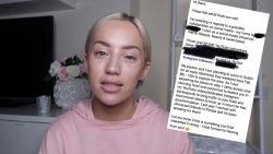 """""""Ik voel me vernederd"""": vlogster wil vier dagen gratis in hotel logeren, maar die vraag keert als boemerang in haar gezicht terug"""