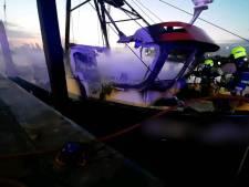 Felle brand legt garnalenkotter van Foppen Harderwijk in de as