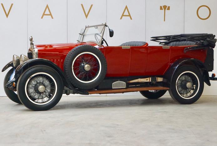 De Minerva uit 1925 stond jarenlang in een schuur in Zeeland. De Nederlandse eigenaar laat de auto van de ooit zo roemrijke Antwerpse autobouwer binnenkort in België veilen