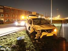 Snelheidsduivel rijdt auto in puin op Stadsbaan Leidsche Rijn in Utrecht