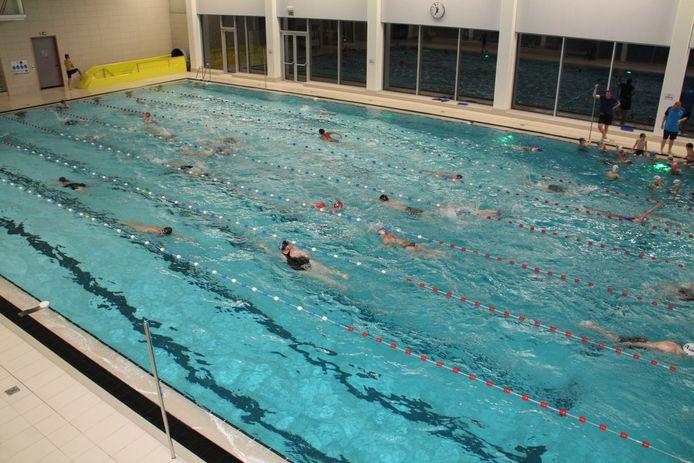 Zwembad De Pluimen in Diksmuide is vanaf vrijdag open om baantjes te zwemmen.