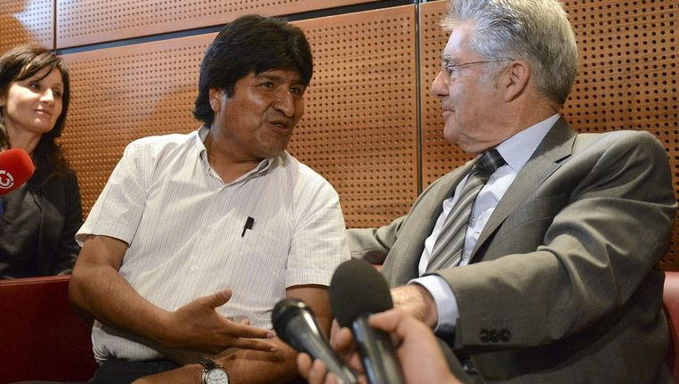 Morales (links) met de Oostenrijkse president Heinz Fischer. Beeld epa