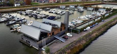 Meer kapers op de kust voor restaurant de Limonadefabriek: 'Kost anderhalf miljoen'