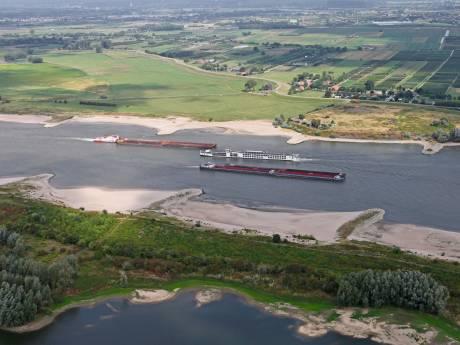 Rijkswaterstaat verwacht filevaren op de Waal door lage waterstand