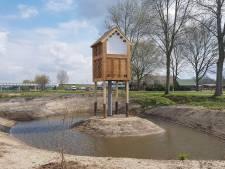 Blikvanger langs Zuiderzeestraatweg in Hattem is faunatoren voor vleermuizen en vogels