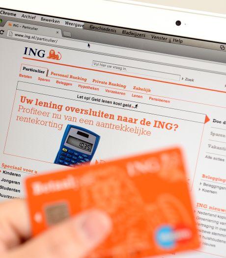 'Gewetenloze oplichter' neemt doormidden geknipte bankpasjes mee