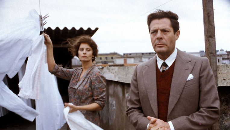 Sophia Loren en Marcello Mastroianni in Una giornata particolare (1977). Beeld