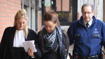 Meesteroplichters verschijnen - niet in luxekledij - eerste keer voor raadkamer: aanhouding dochter maand verlengd